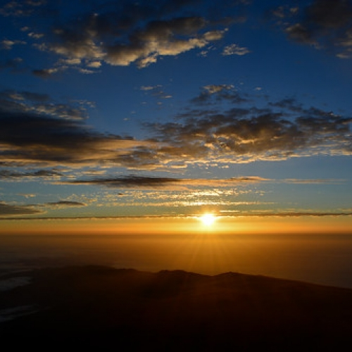 "Amanecer en el Teide • <a style=""font-size:0.8em;"" href=""http://www.flickr.com/photos/132080213@N08/20545076271/"" target=""_blank"">View on Flickr</a>"
